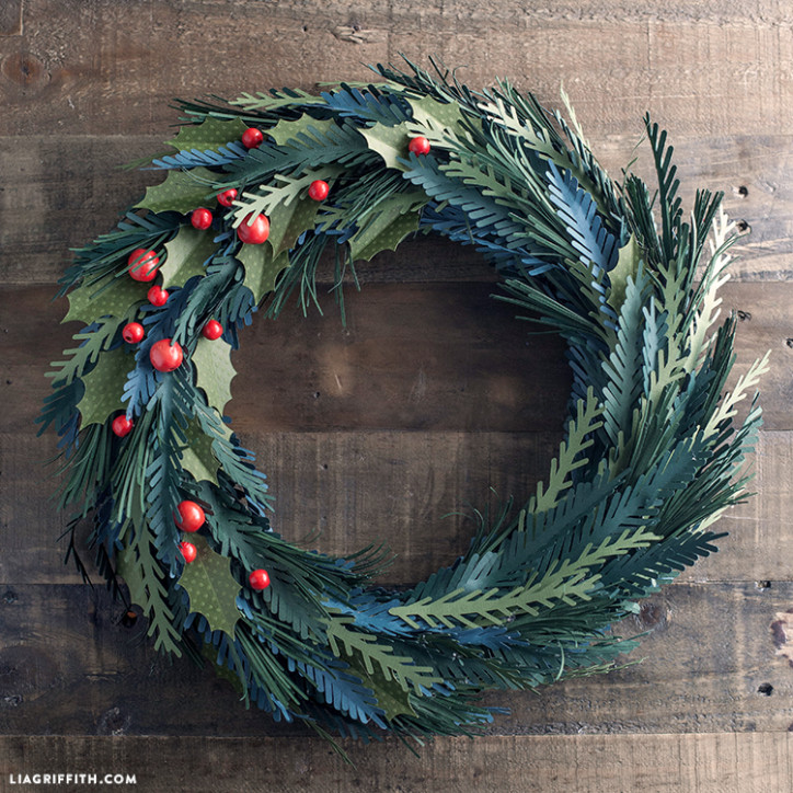 Winter_Green_Wreath_Paper