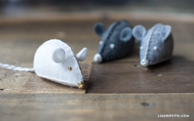 DIY_Felt_Toy_Mouse_Cat