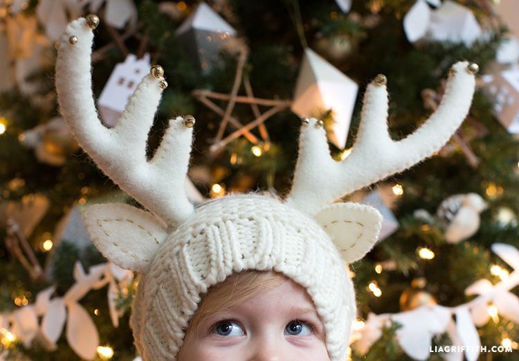 Felt_Headband_Reindeer_Closeup