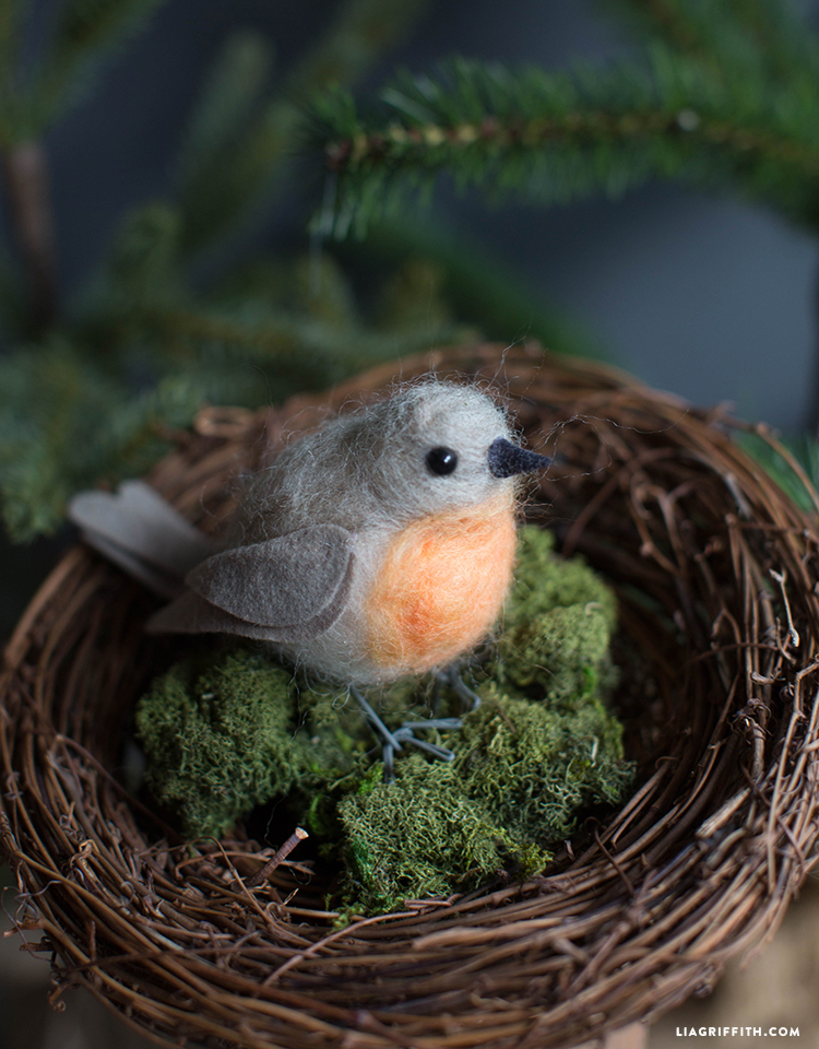 Felted_Robin_Bird