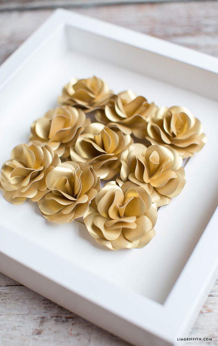 Paper_Roses_Gold_Framed