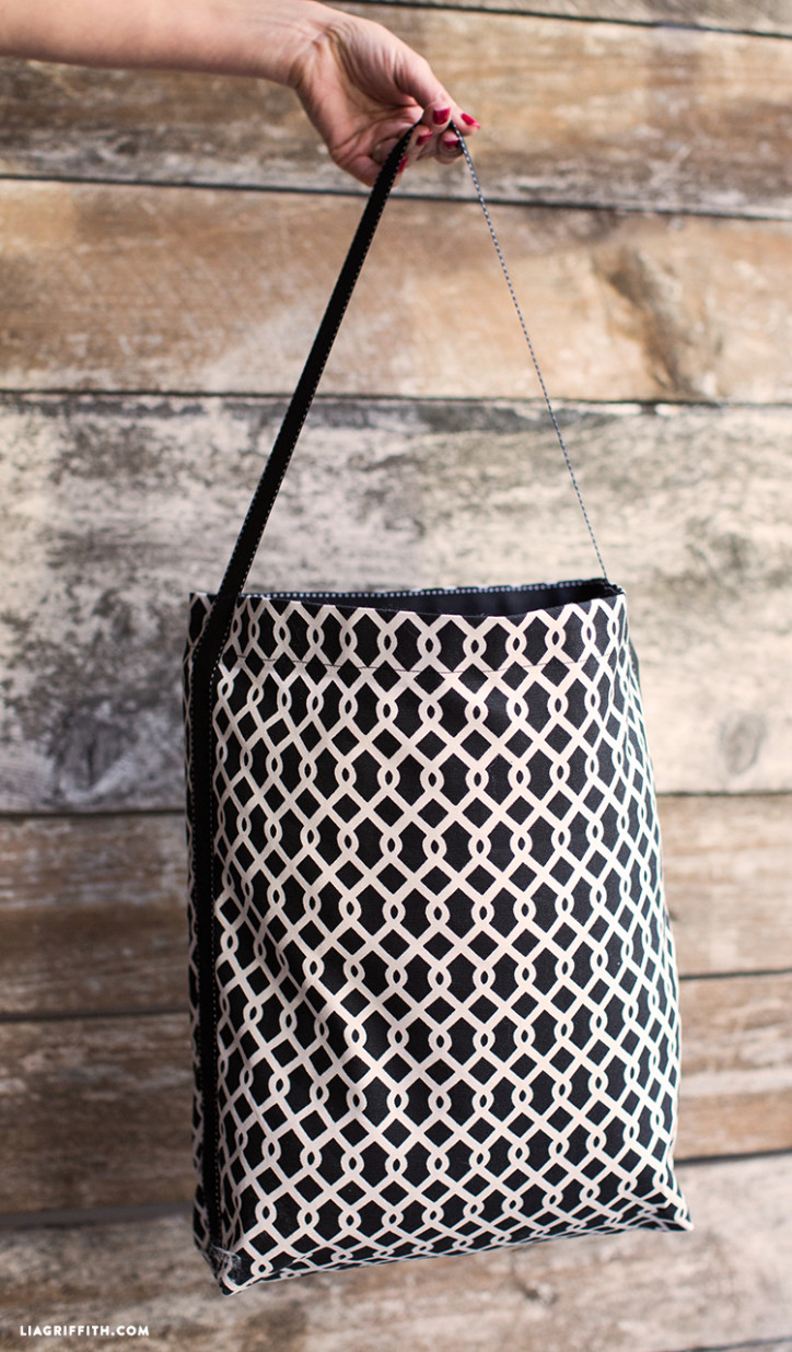 DIY_Ribbon_Fabric_Tote_Bag