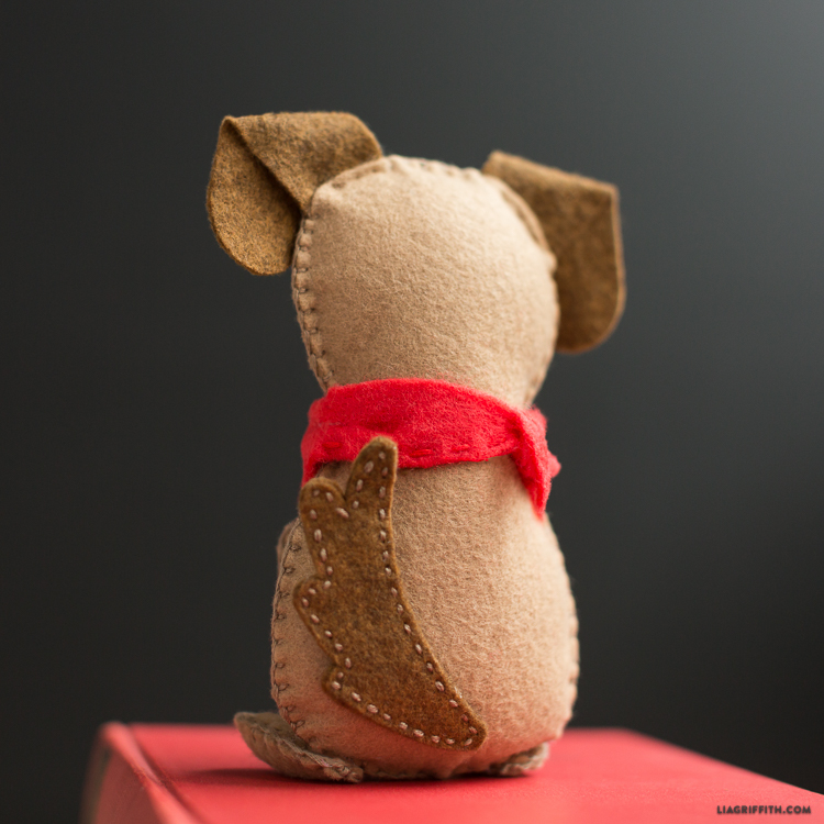 Diy Felt Dog Lia Griffith