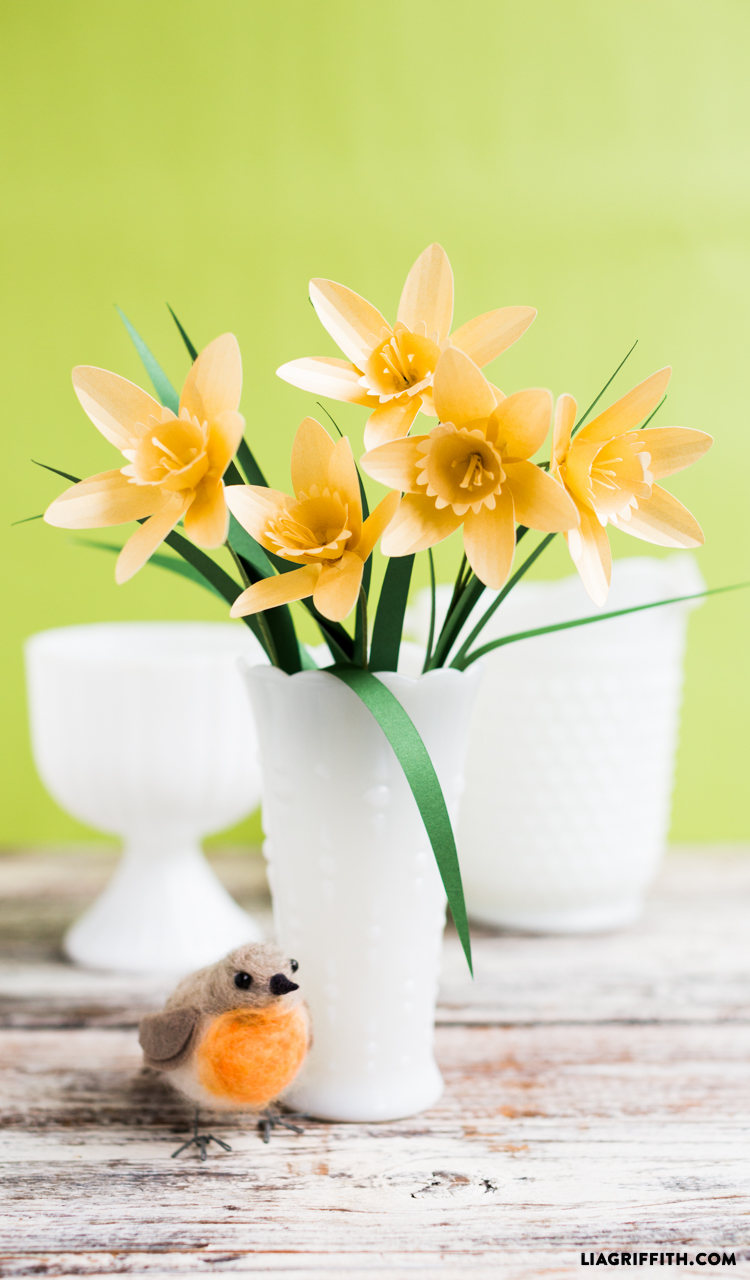 Simple Paper Flower Daffodil Pattern and Tutorial to Print and Make ...
