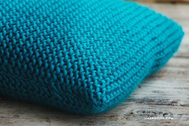 Easy Garter Stitch Knitted Pillows Lia Griffith