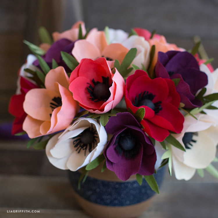 Simple Crepe Paper Anemone Flower Lia Griffith
