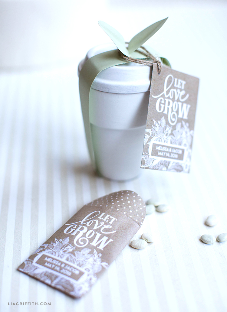 Seed packet wedding favors lia griffith for Wedding supplies