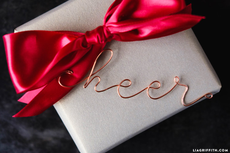 copper_wire_gift_toppers_0003