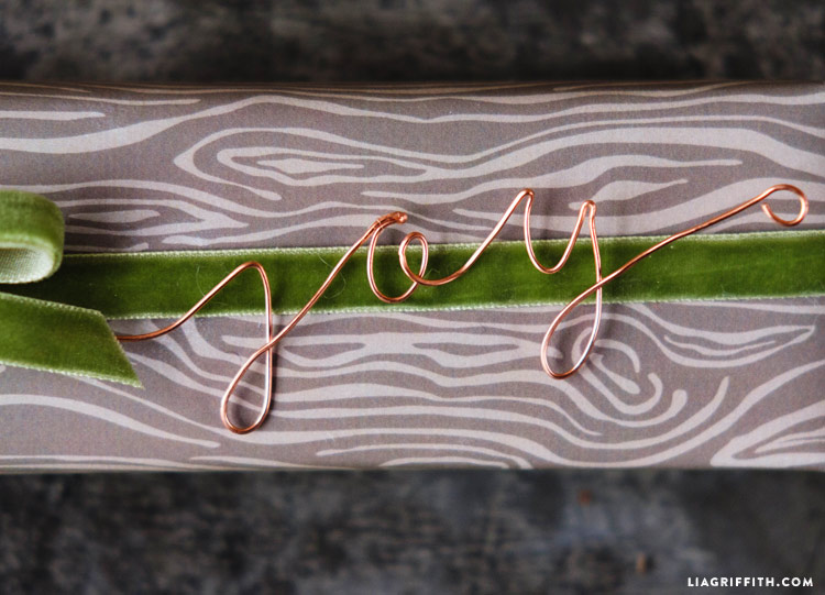 copper_wire_gift_toppers_0004