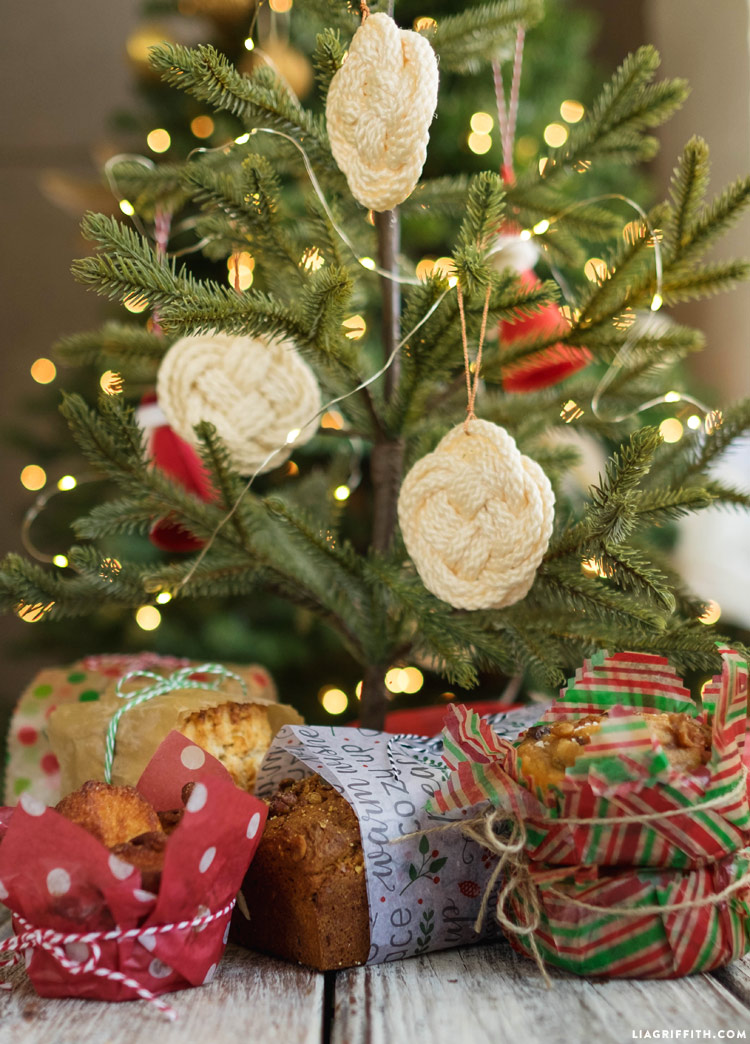 Macrame Christmas Ornaments