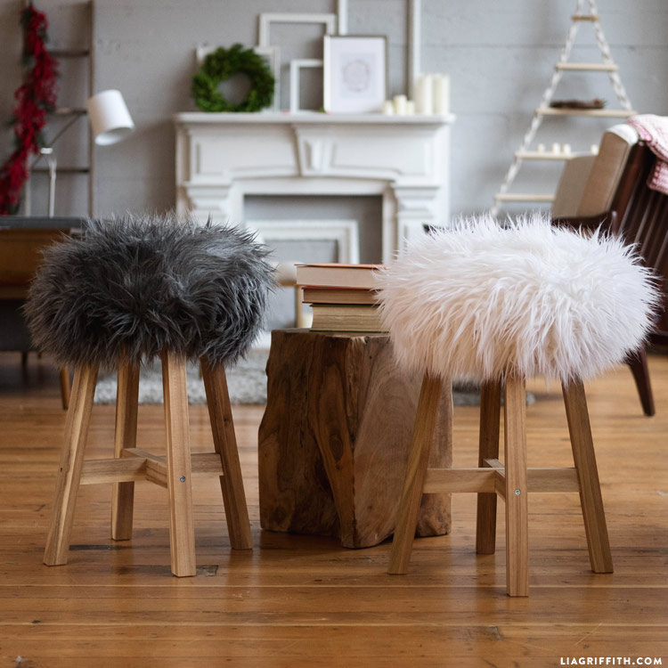 Peachy Diy Faux Fur Stools A Project To Indulge Your Wild Side Cjindustries Chair Design For Home Cjindustriesco