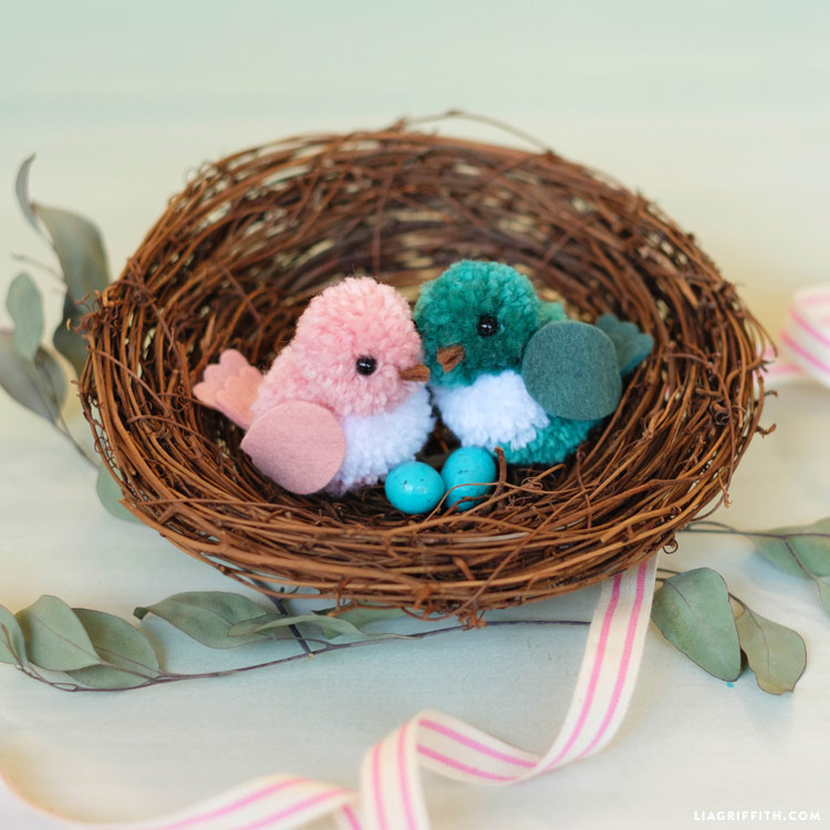 DIY Yarn Birds