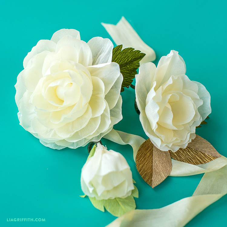 How to make a simple crepe paper flower for weddings video a simple flower with show stopping elegance mightylinksfo