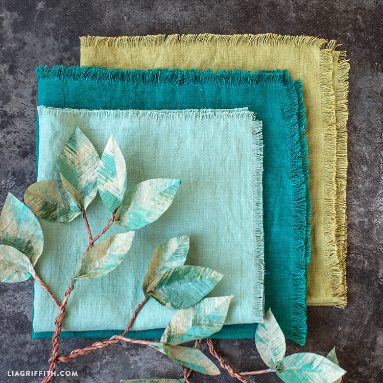 DIY Frayed Linen Napkins