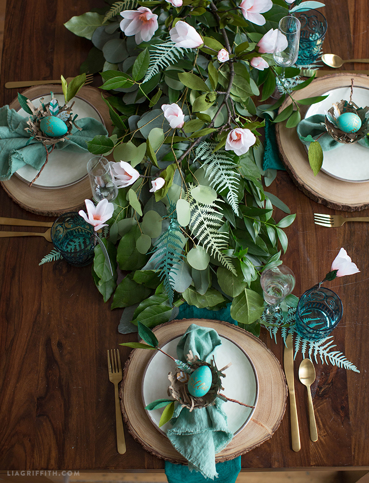 Botanical Easter Brunch Table