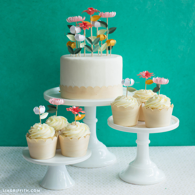 Flower Cake Decor