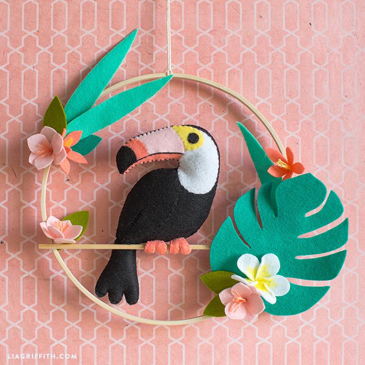 NEW Pink toucan bird tropical summer keyring