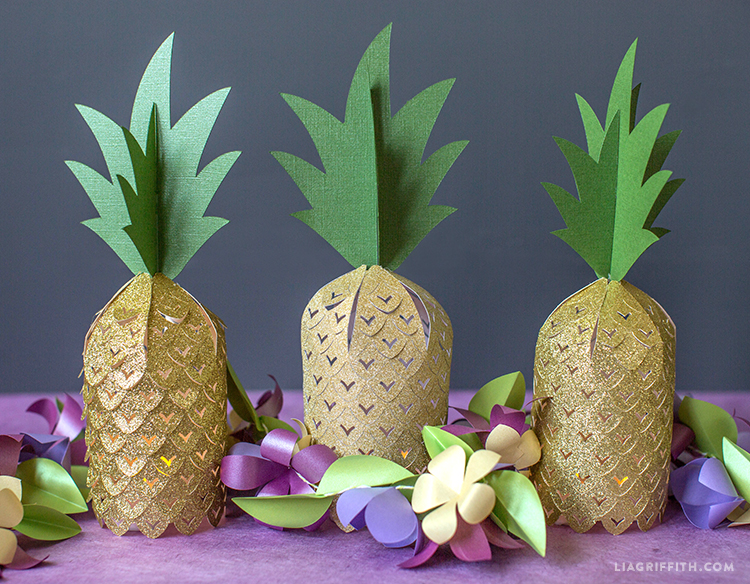 Paper Pineapples
