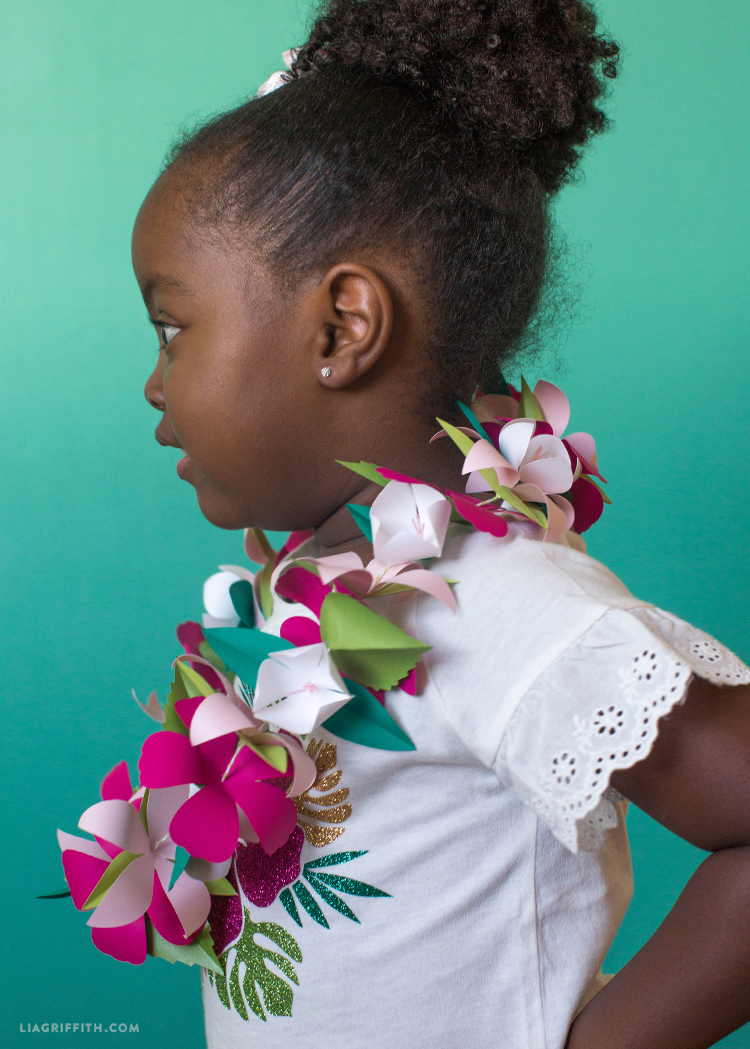 Paper Flower Lei Lia Griffith