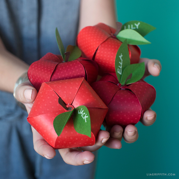 paper apples