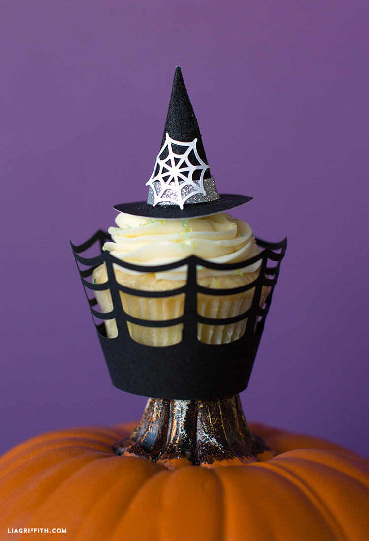 diy witch cupcakes