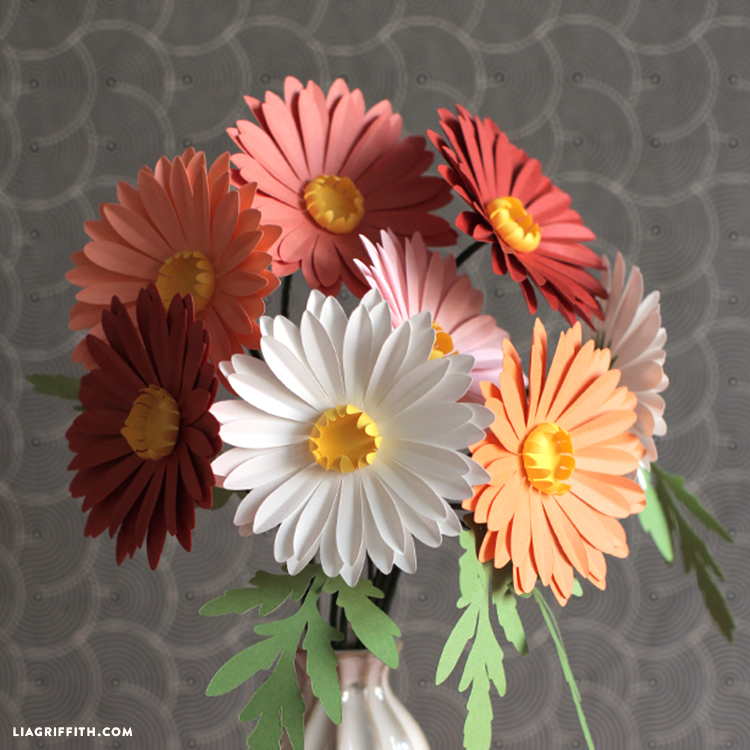 Simple paper daisies lia griffith simple paper daisies mightylinksfo