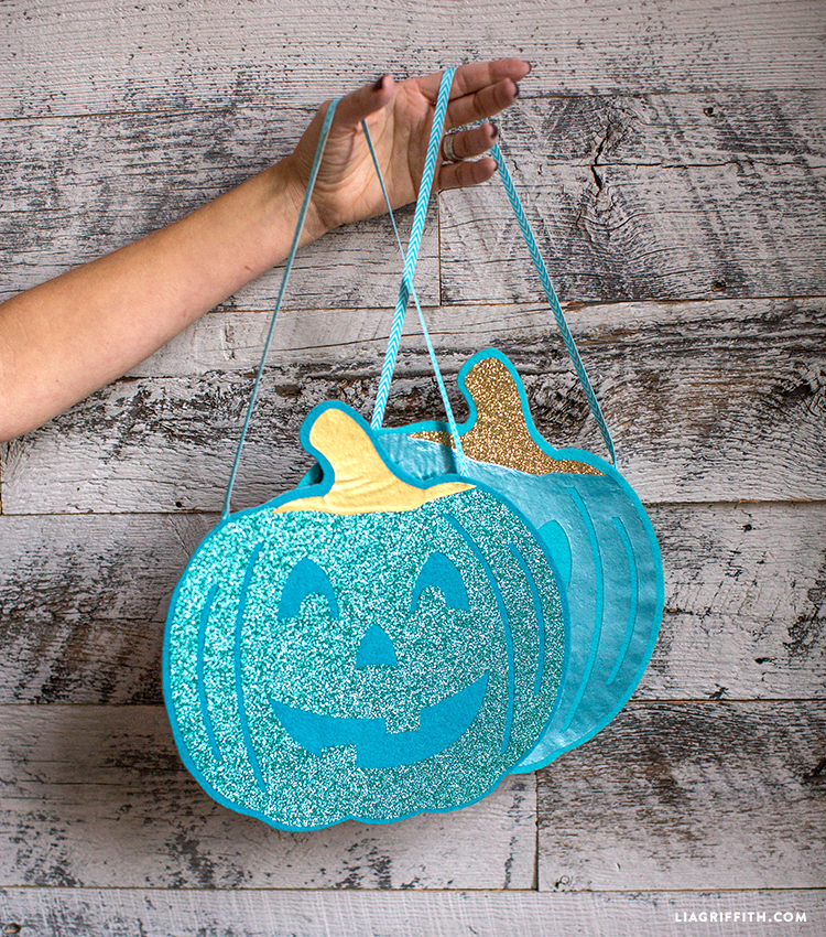 diy felt teal pumpkin