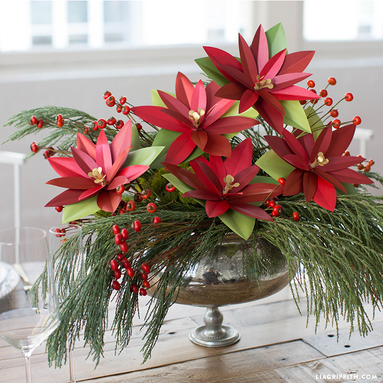 diy paper poinsettia
