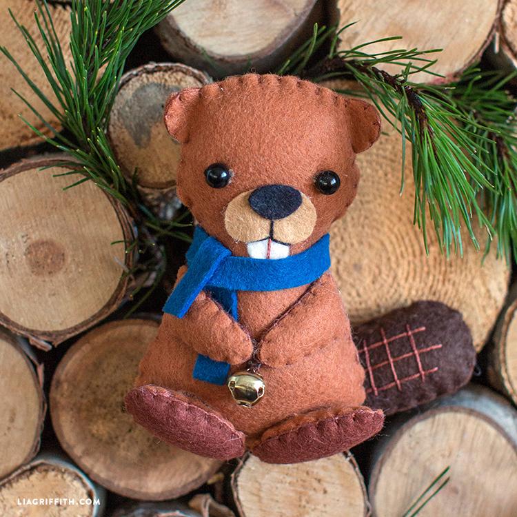 diy beaver toy