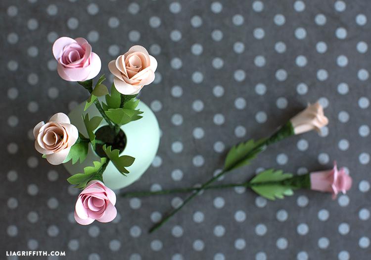 diy spiral roses