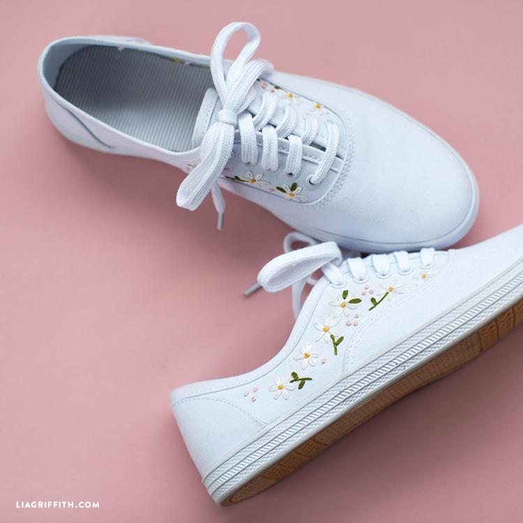 daisy sneakers