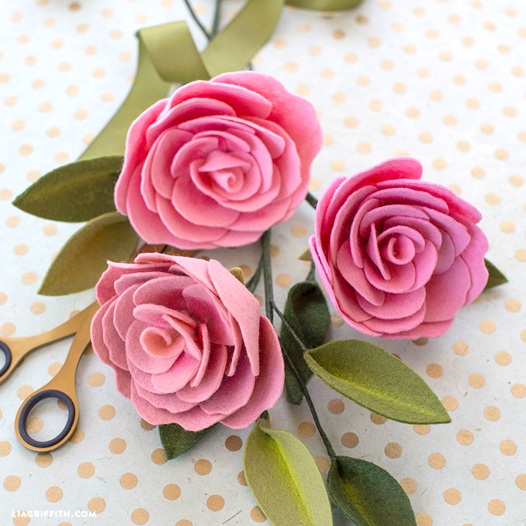 Create A Camellia Diy Felt Flower With Pan Pastel Details