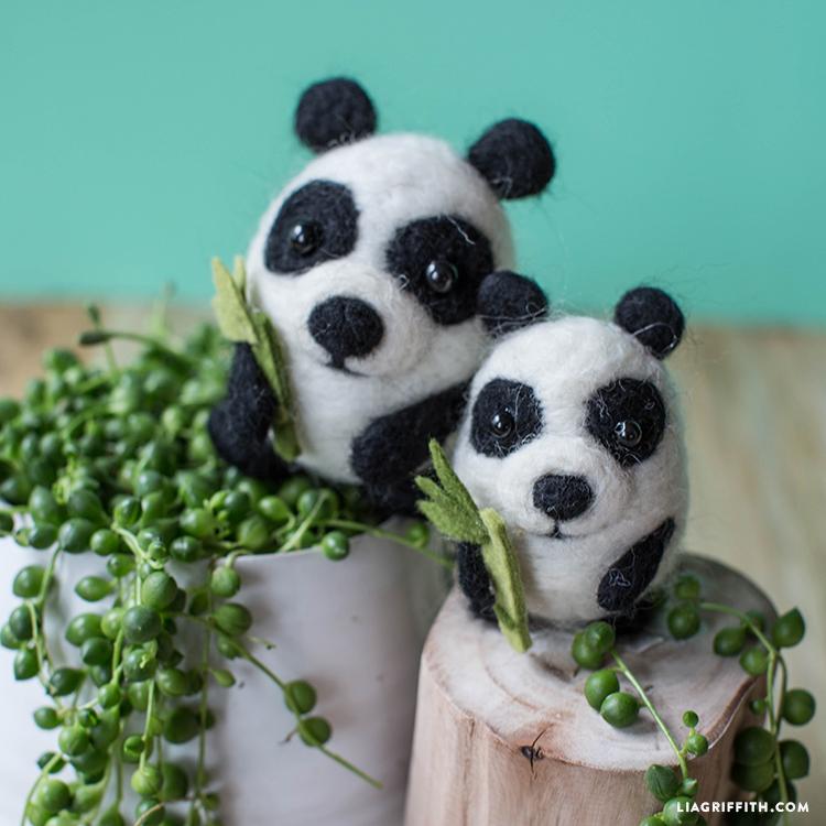 felt panda pals