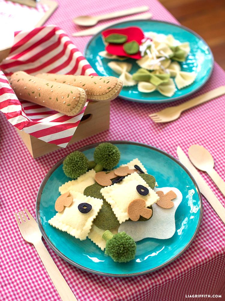 Italian play food set