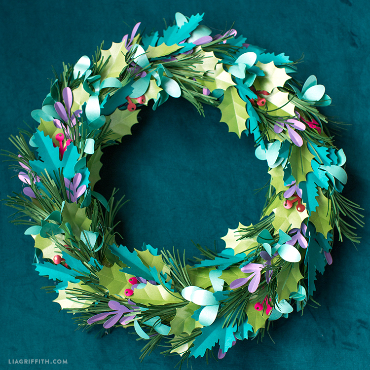 Paper Christmas Wreath Designs.A Diy Holiday Wreath That Works Anytime Of The Year Lia