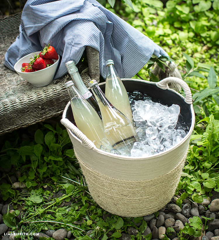 Easy Rope Drink Bucket
