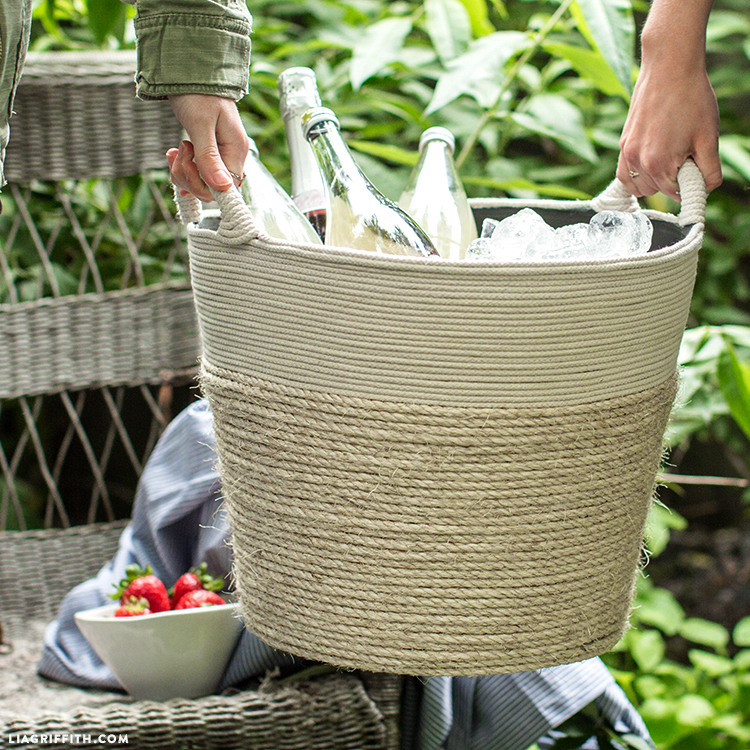 Easy DIY Rope Bucket