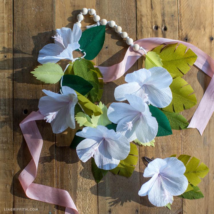 hibiscus lei