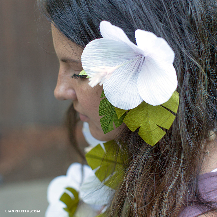 paper lei hairpiece