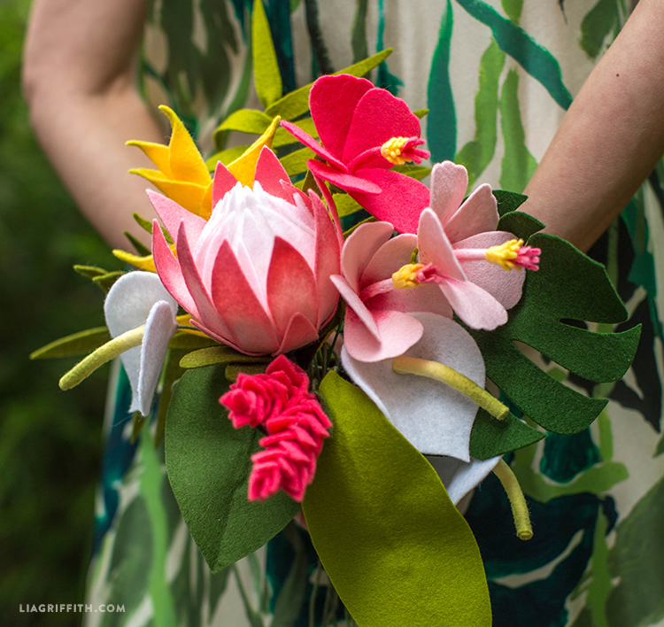 Let\'s Get Tropical with Felt Tropical Flowers in a Bouquet!