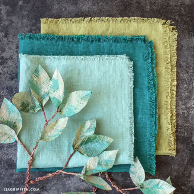 diy frayed edge linen napkins