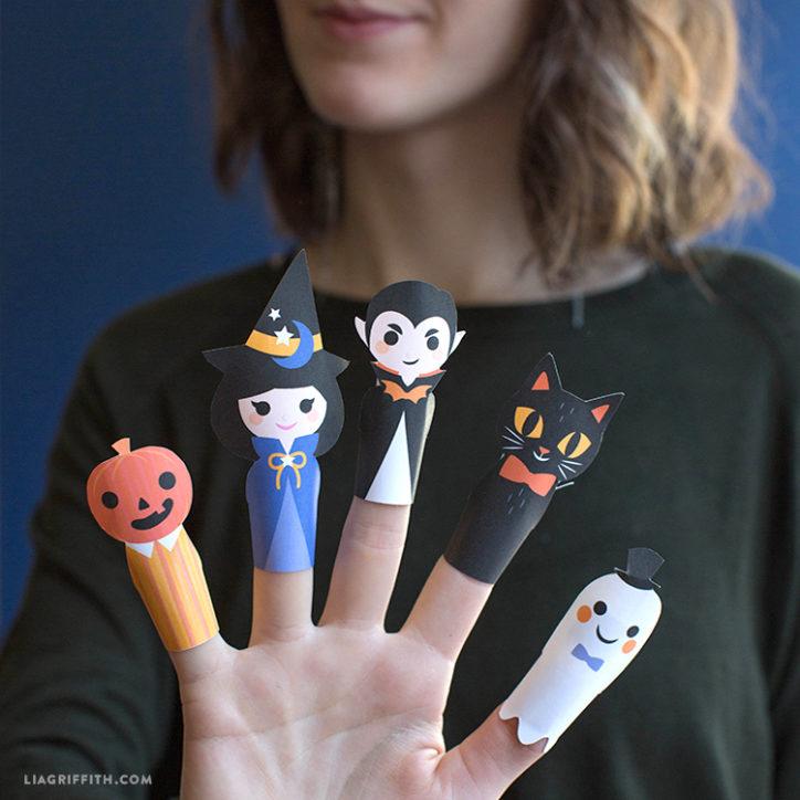 Halloween paper finger puppets