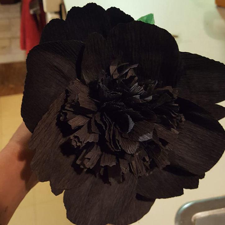 diy black peony