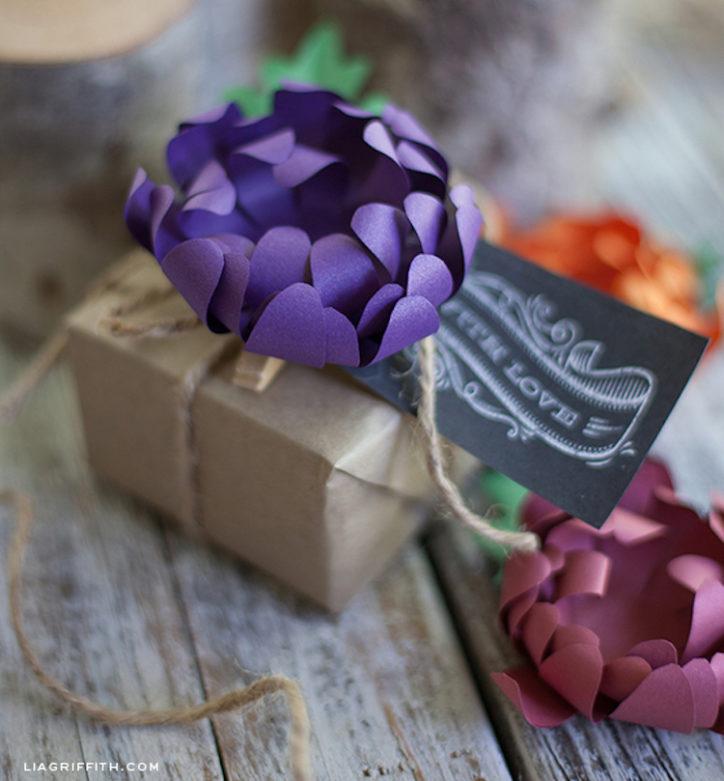 Paper mum gift topper