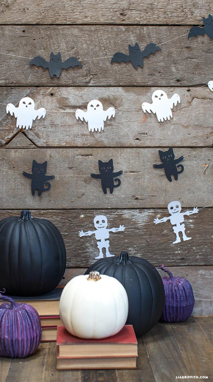 Paper-cut Halloween garland