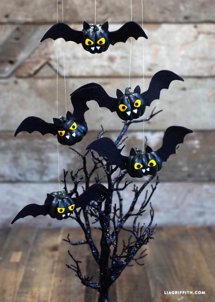 Mini pumpkin bats for Halloween