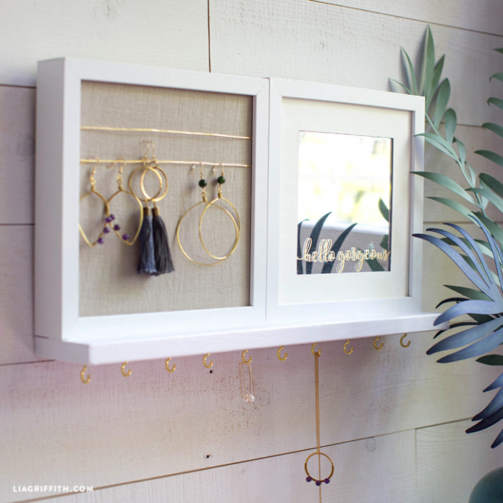 DIY jewelry holder on wall