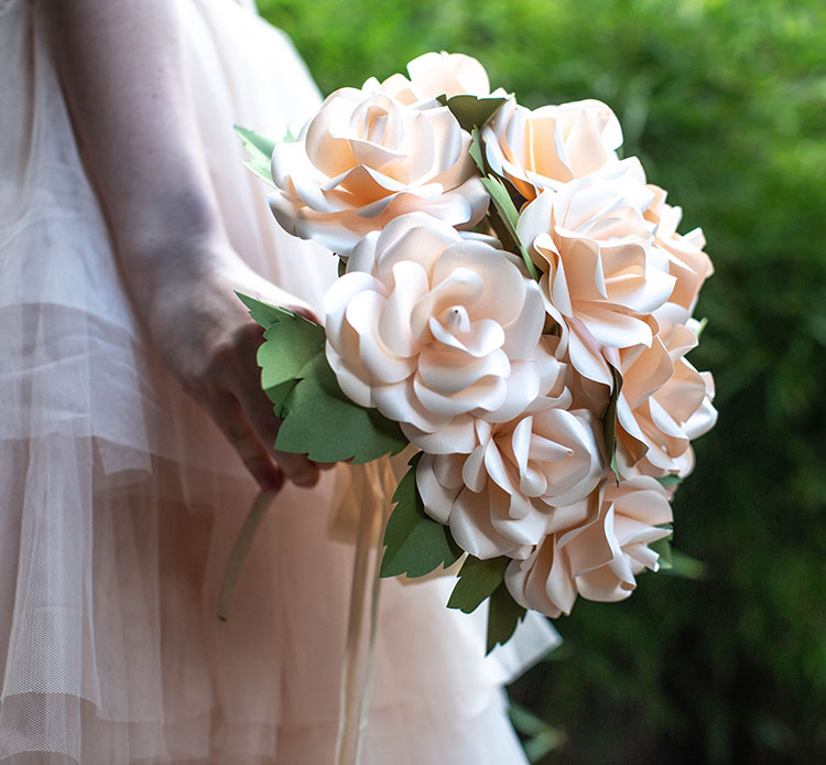 Video tutorial frosted paper rose bridal bouquet lia griffith like this diy project mightylinksfo