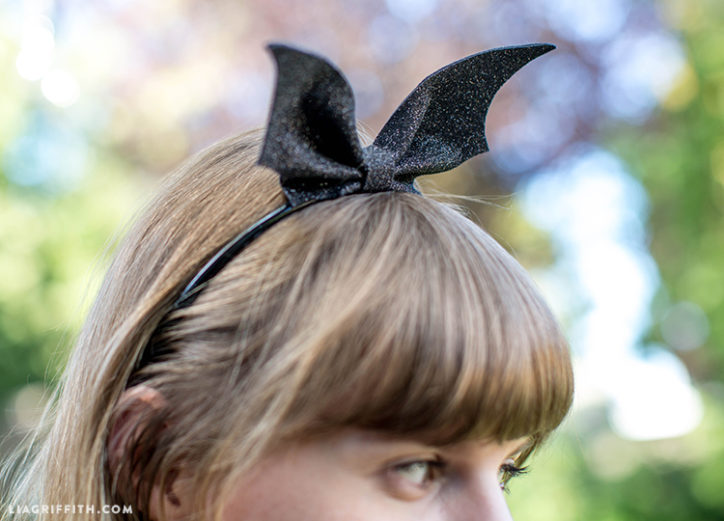 DIY bat wings headband for Halloween