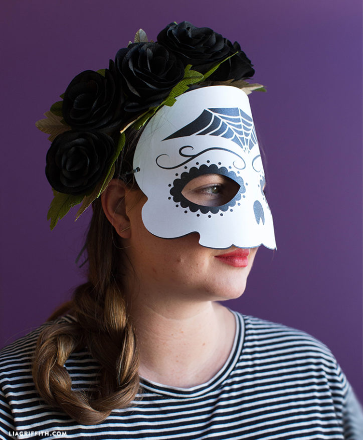DIY sugar skull mask for Dia de Los Muertos